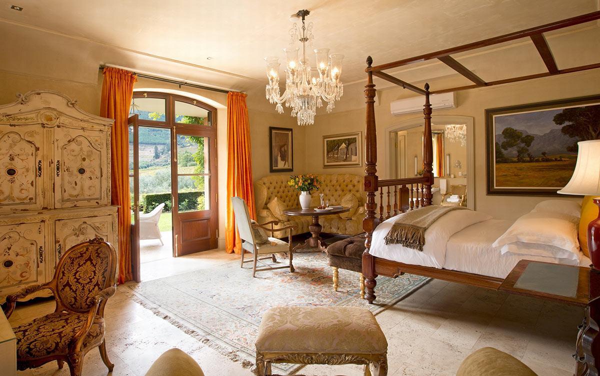La-Residence_Honeysuckle-Suite.jpg
