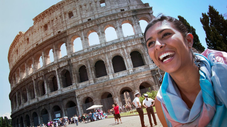 itinerary_lg_Italy-Rome-Colesseum-Traveller-Ritu-Leo-Tamburri-2012-IMGP9376-Processed-Lg-RGB-web.jpg