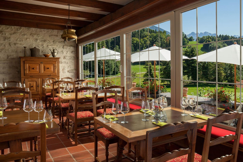02_03_slider_alpine_golf_restaurant.jpg