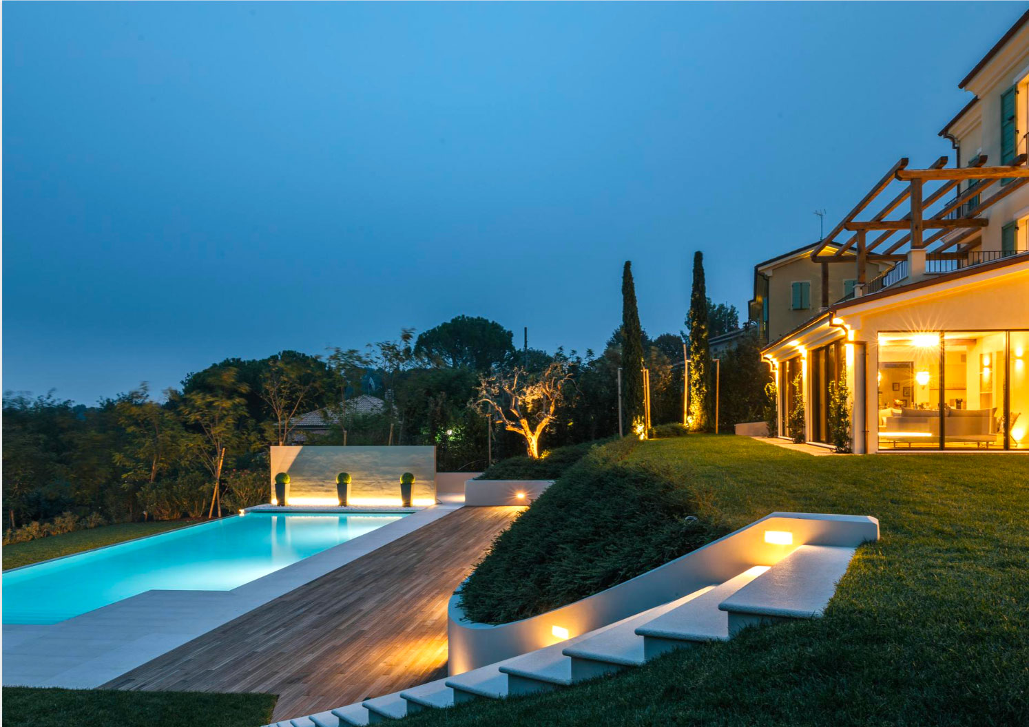 The retreat is to be held in the beautiful Villa Olivo, close to Le Marche. - This stunning Villa, with its 6 double bedrooms, is perfect for a group looking for a luxurious and exquisite stay, with friends, families or groups. For more information on the Villa follow the link below.