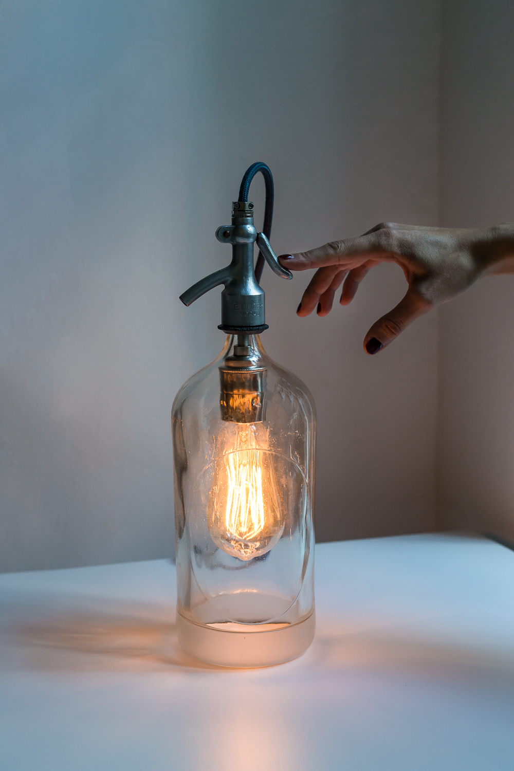 bottle lamp (2 von 2).jpg