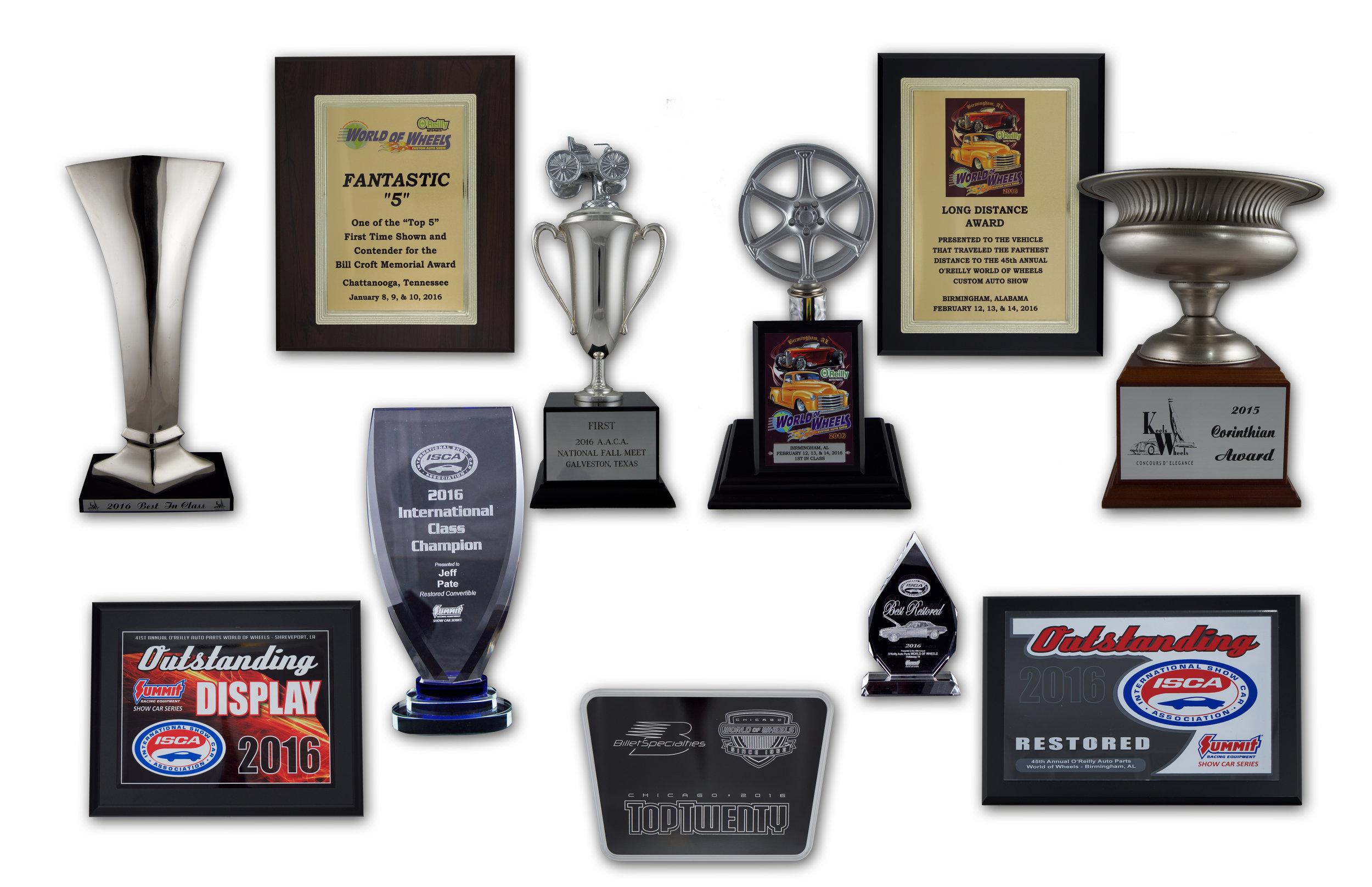 trophy arrangement wht.jpg