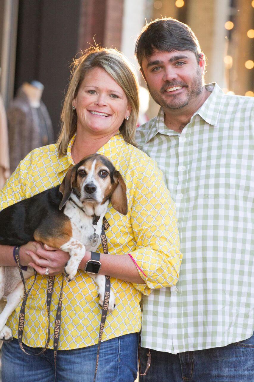Brown with her husband, Jason, and beagle, Nola.