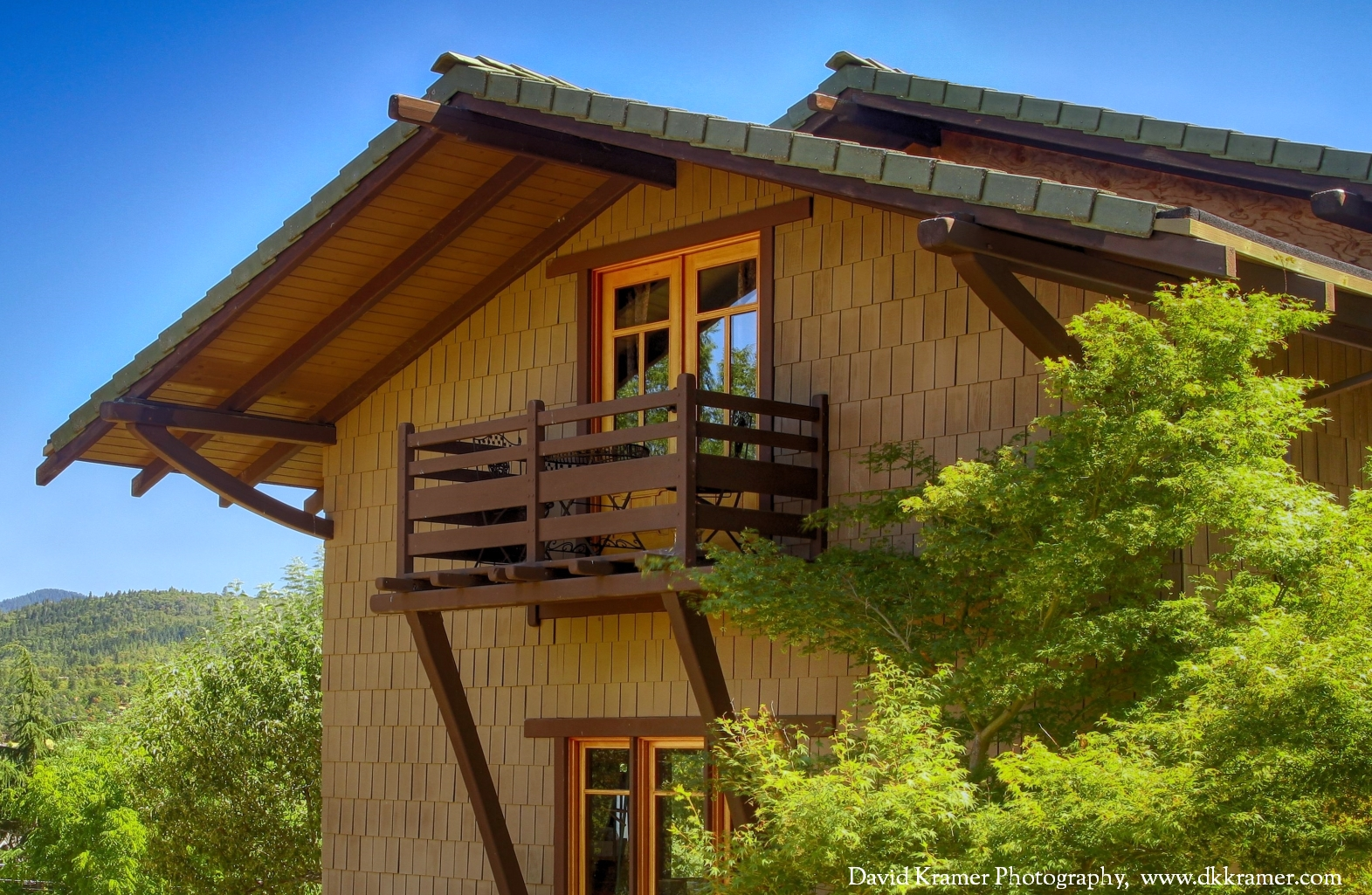 DKP - Lilac Guest House 01.jpg