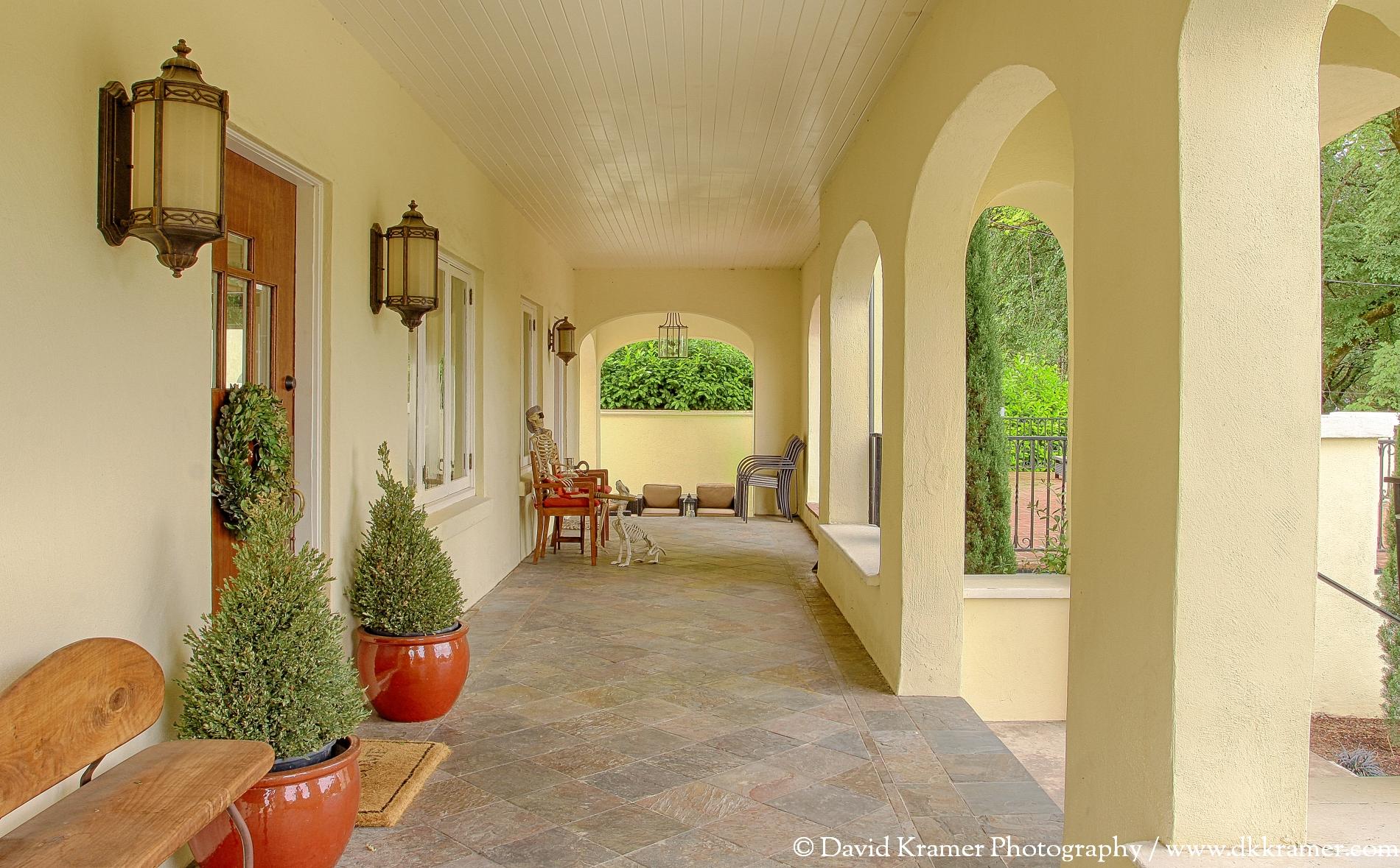 10 LNA-MarkhamHouse-Porch-DKPhoto.jpg