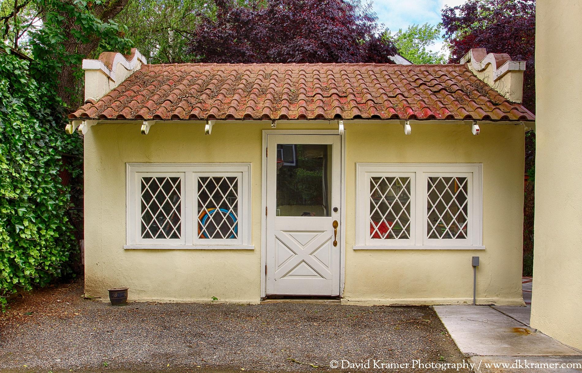 14 LNA-MarkhamHouse-Garage-DKPhoto.tif.jpg
