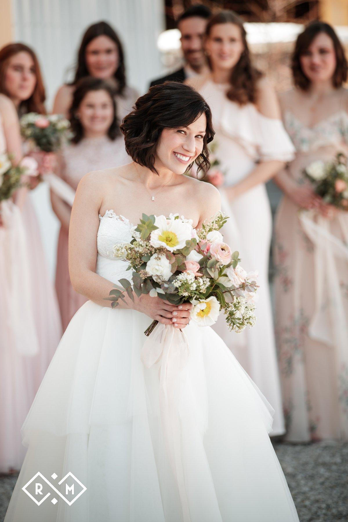 Bride Poses - Ohio Wedding Photographer