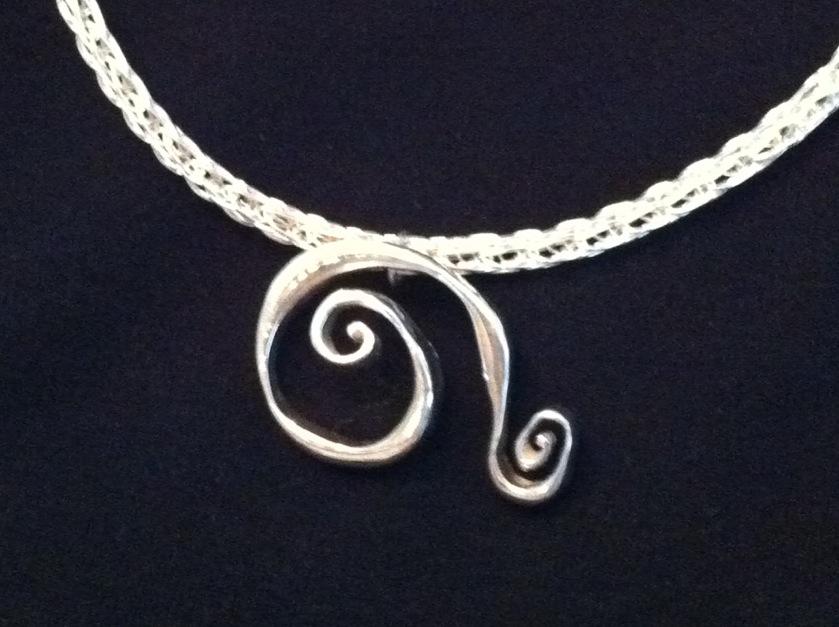 swirl on vk chain.jpg