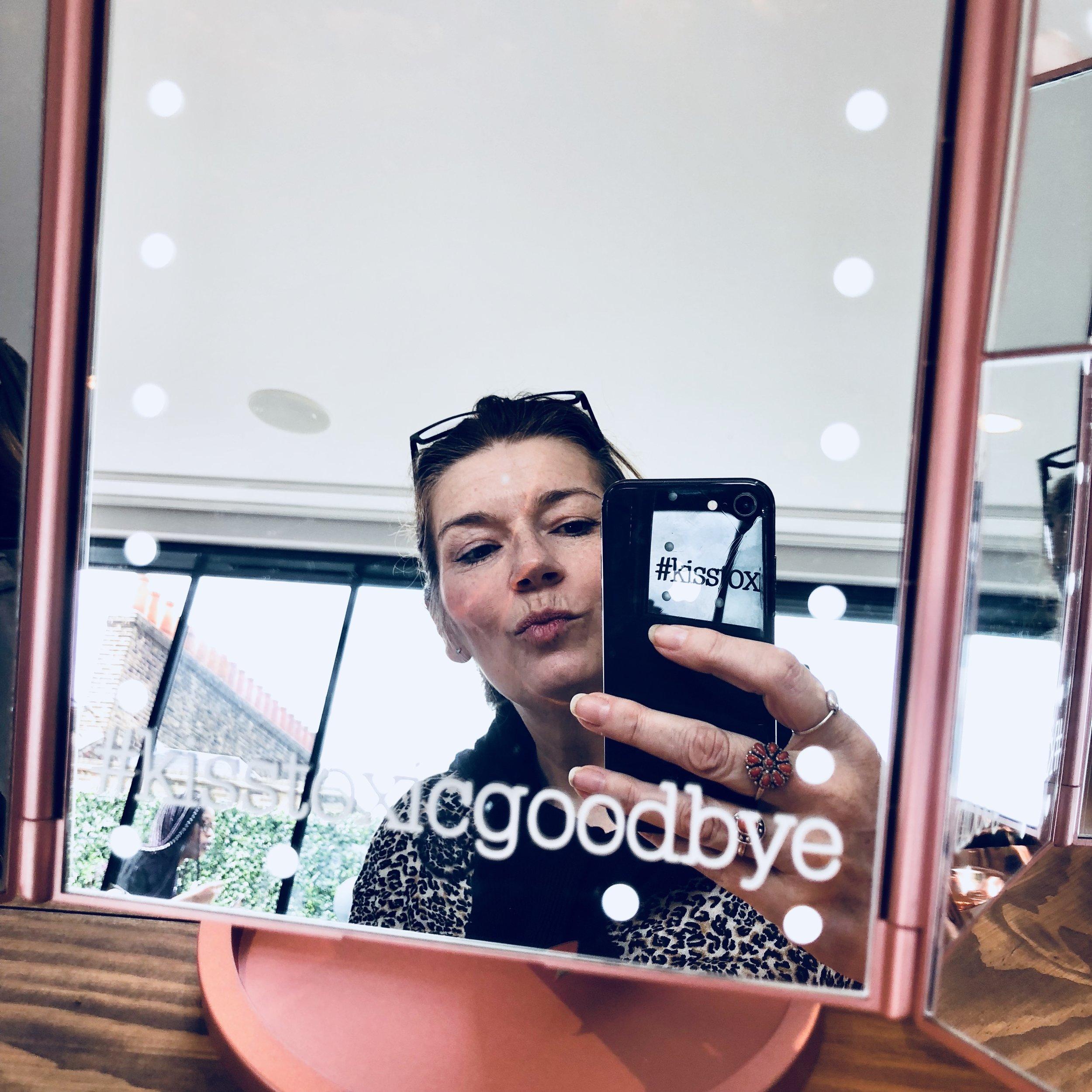JOGB selfie wearing vegan makeup