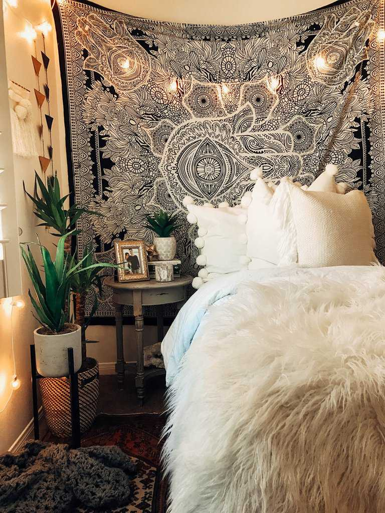 Boho bedroom designed to snuggle in by The Spruce
