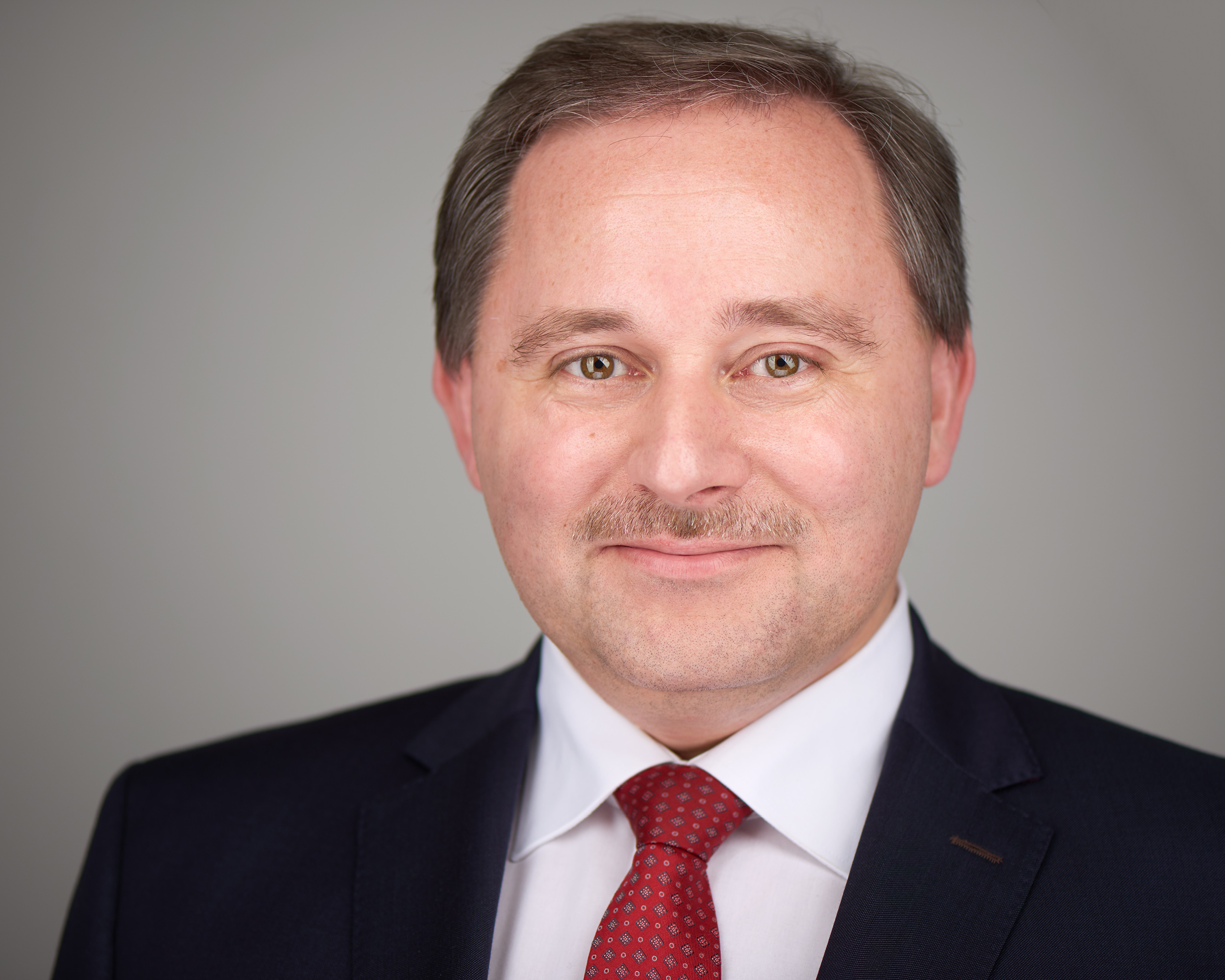 Gábor Kaczmarczyk - Gábor worked for the U.S. Embassy in Hungary between 1991 and 2005, and then again between 2015 and 2017, spending most of his time as a Commercial Specialist with the U.S. Commercial Service. His other work experience includes an HR consultancy firm, a bioethanol manufacturer and an oil and gas exploration firm. His industry sector expertise includes automotive, chemicals, energy, environmental technologies, FMCG, franchise, industrial processes, machinery, manufacturing, and oil and gas exploration.