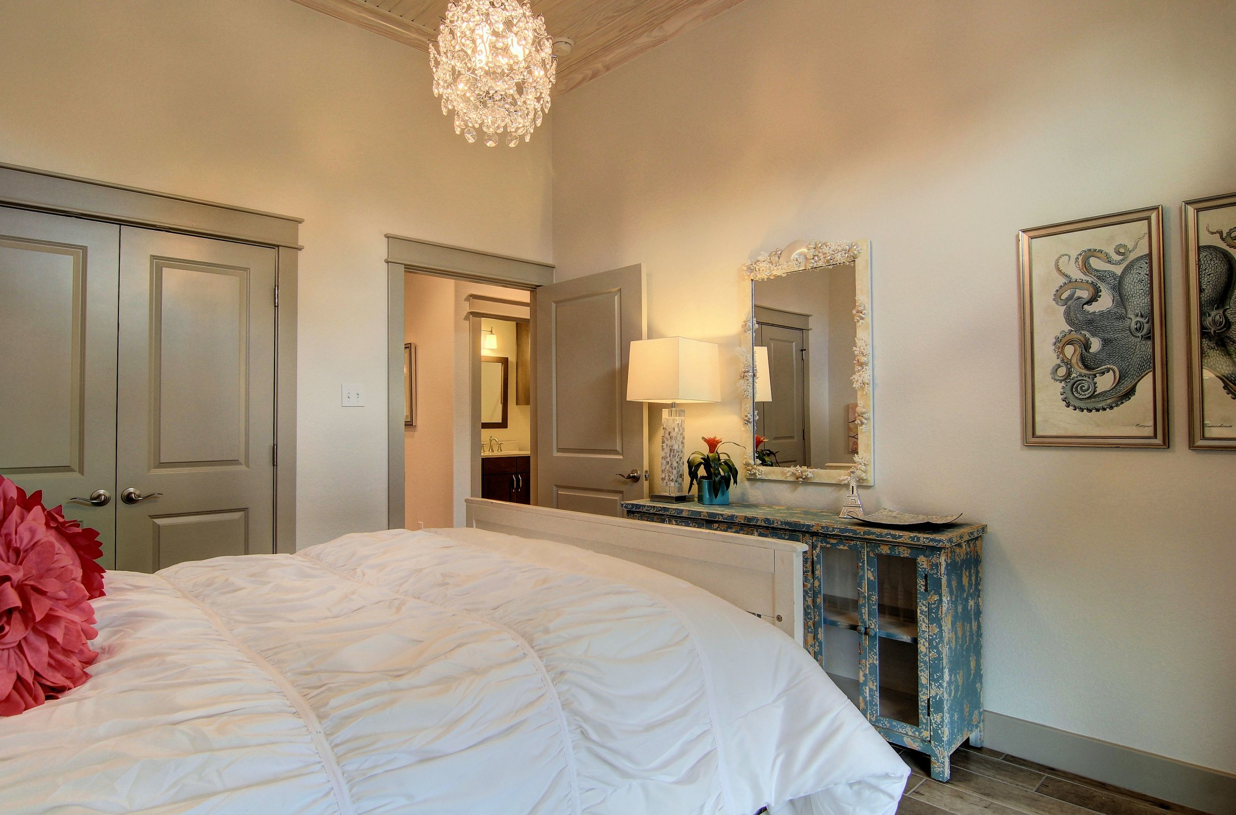 Second Bedroom (1).jpg