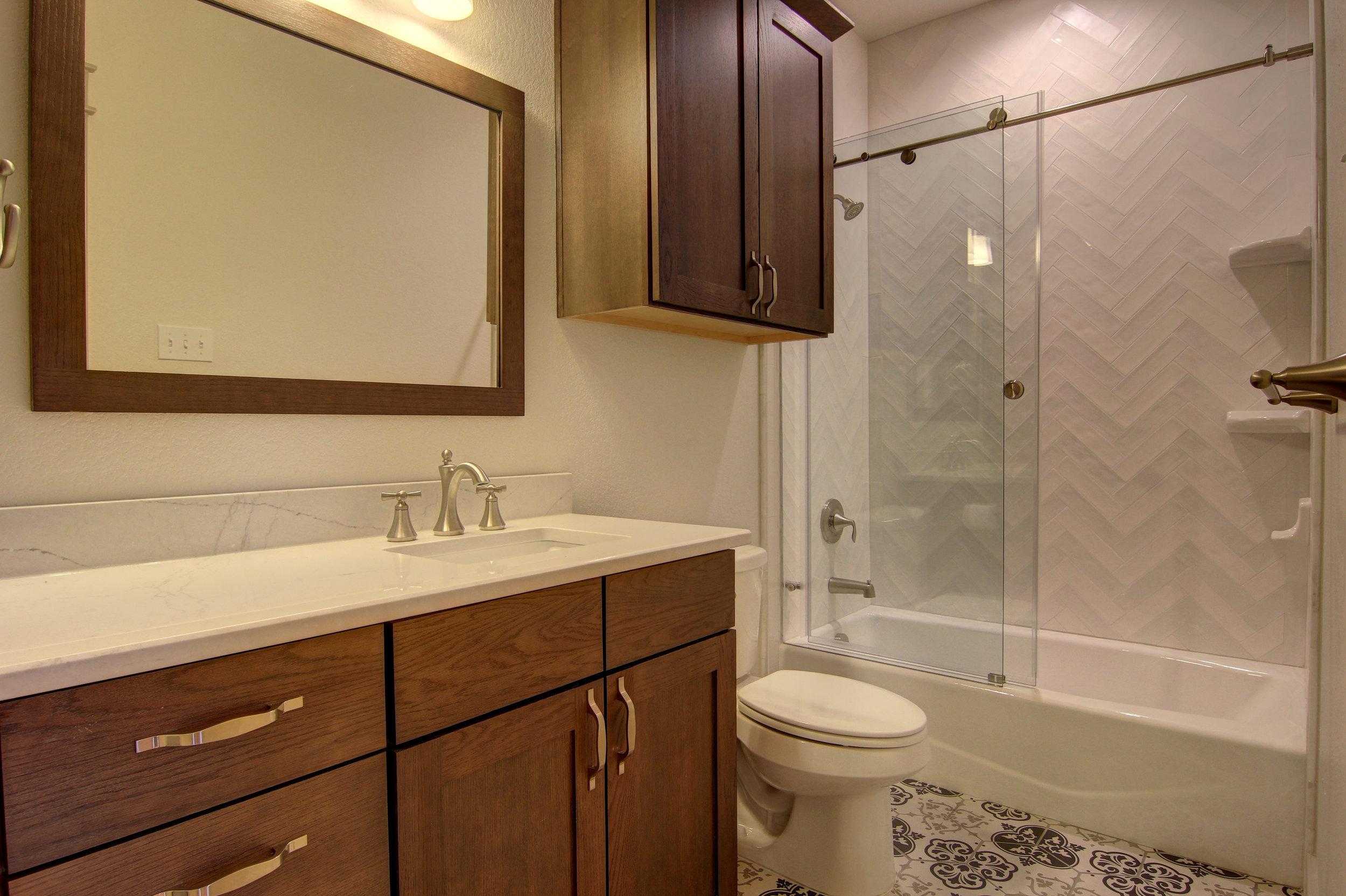 Second Bathroom (2).jpg