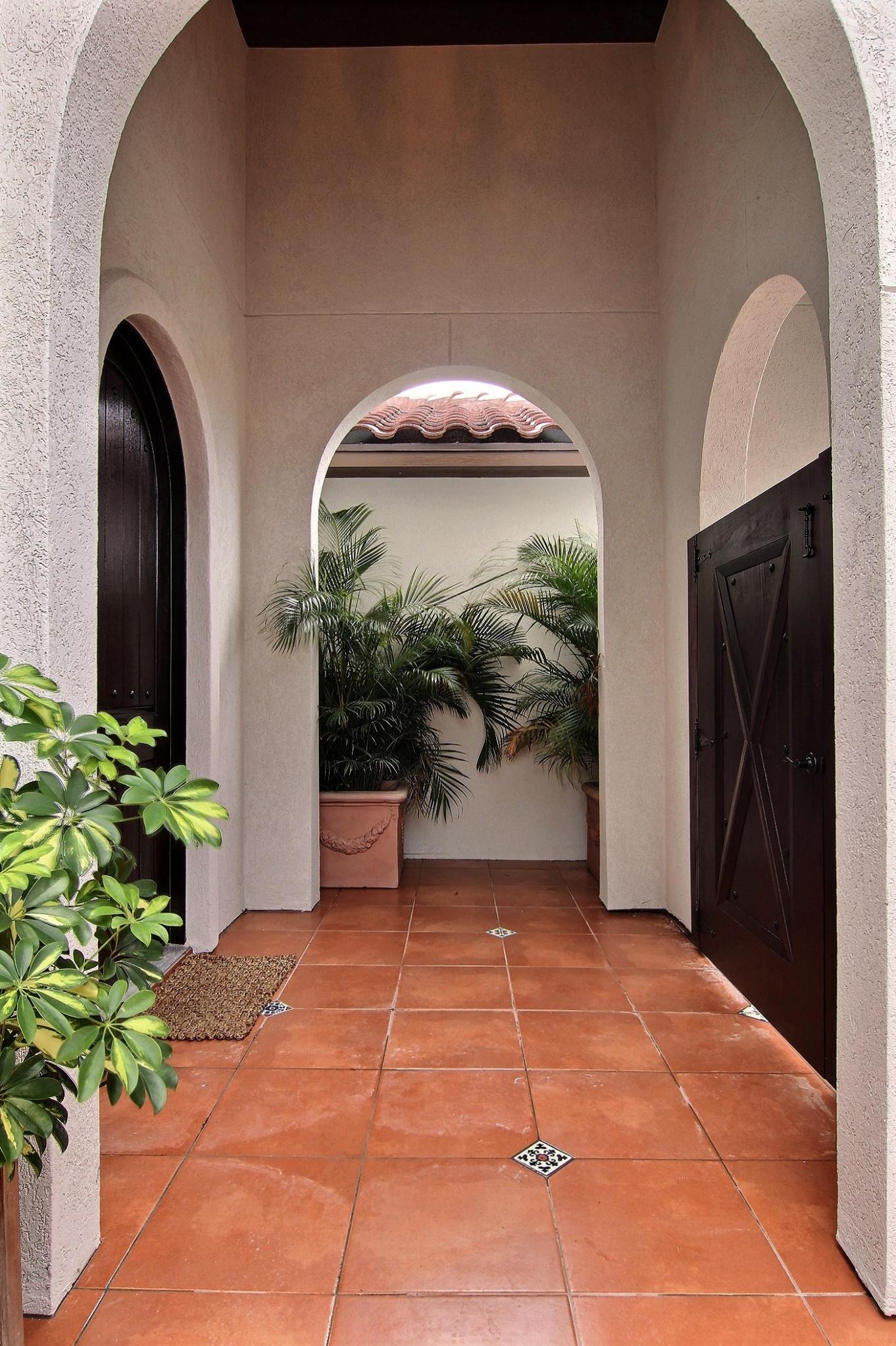 Entrance (1).jpg