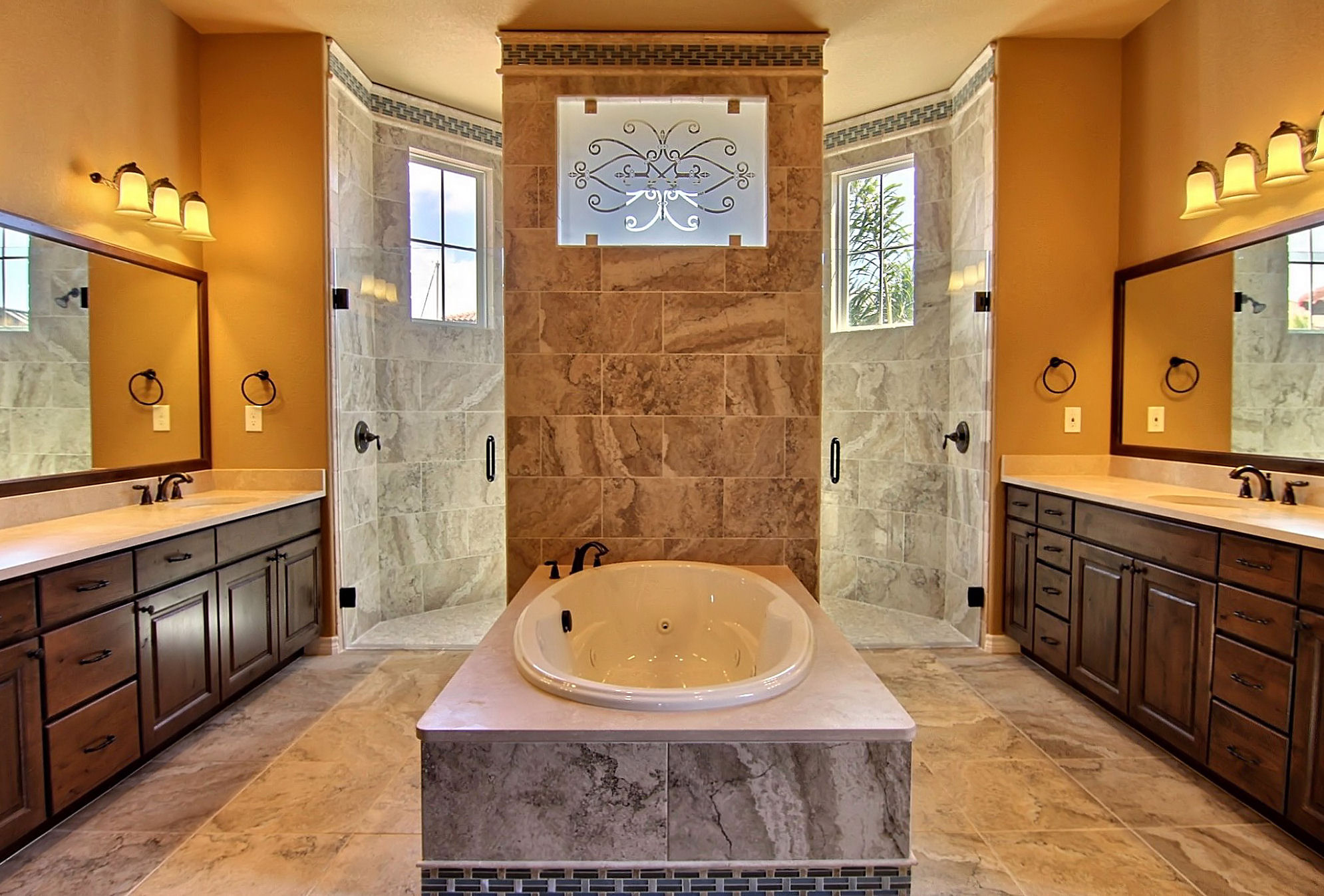 Master Bathroom (3).jpg