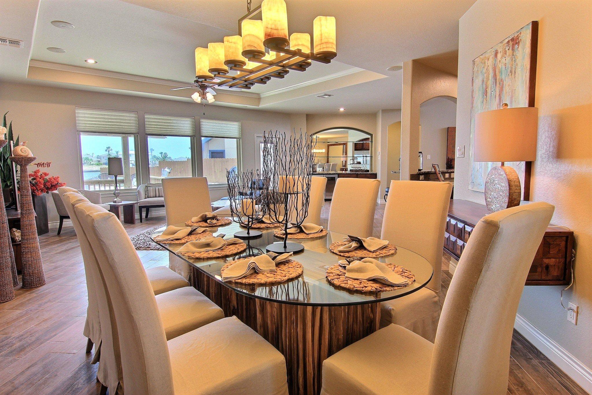 Dining Area (3).jpg