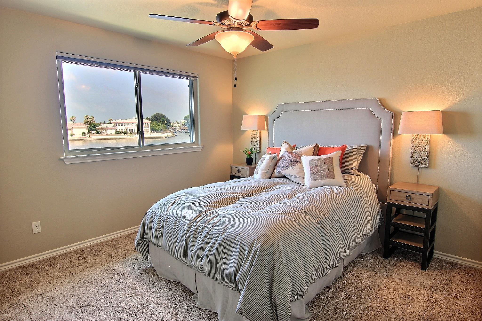 Third Bedroom (2).jpg