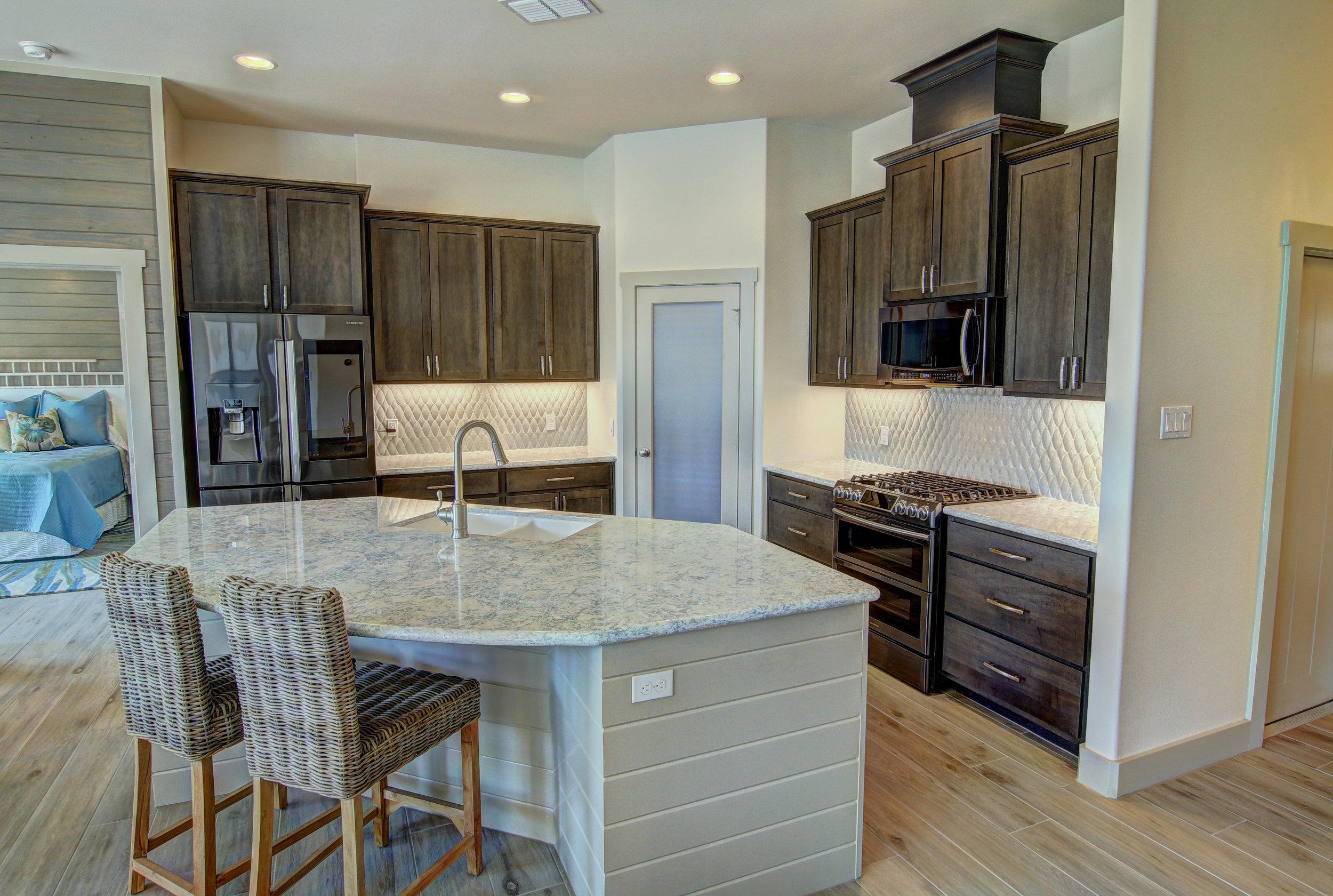 Kitchen (7).jpg