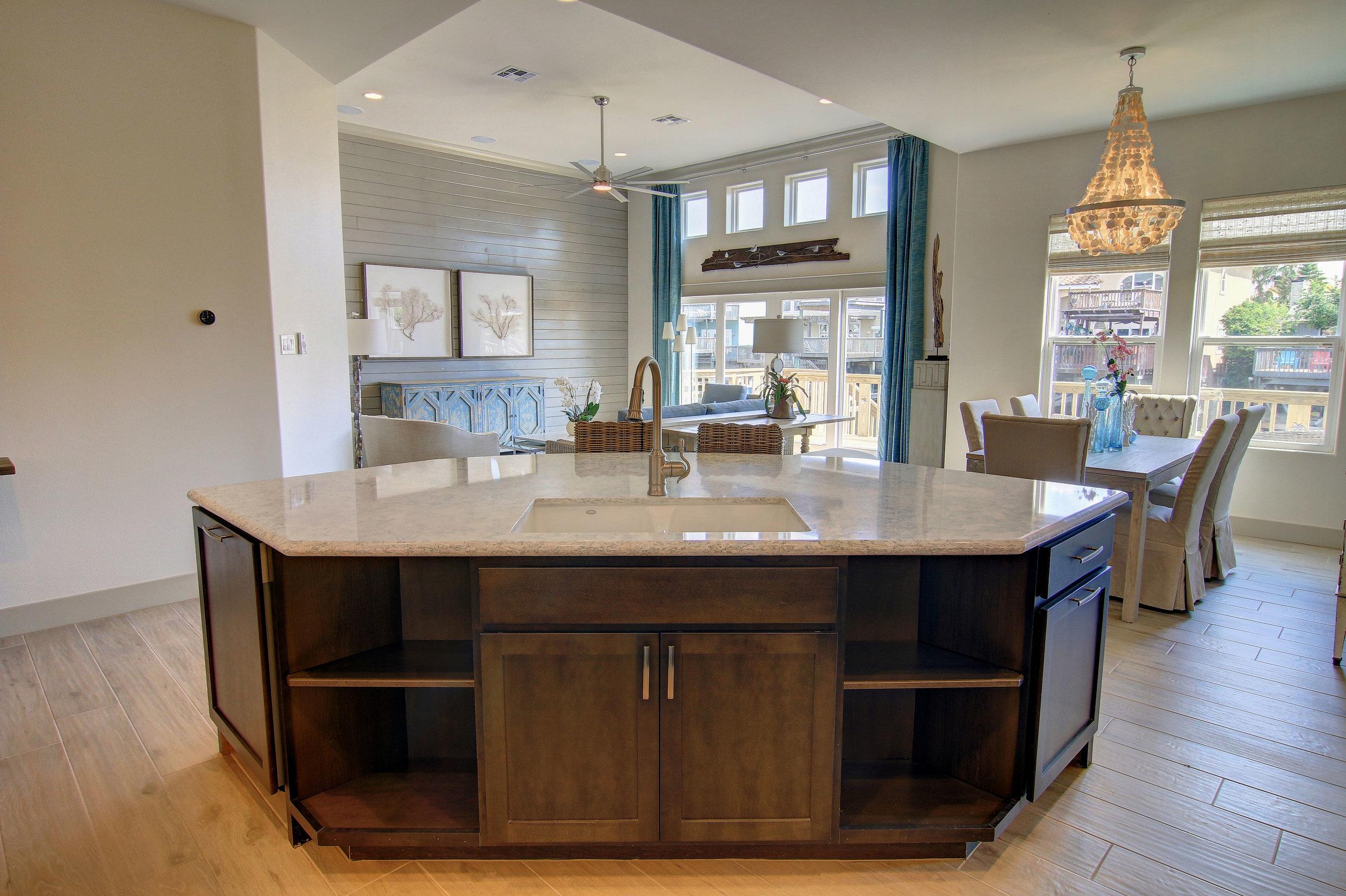 Kitchen-(4).jpg