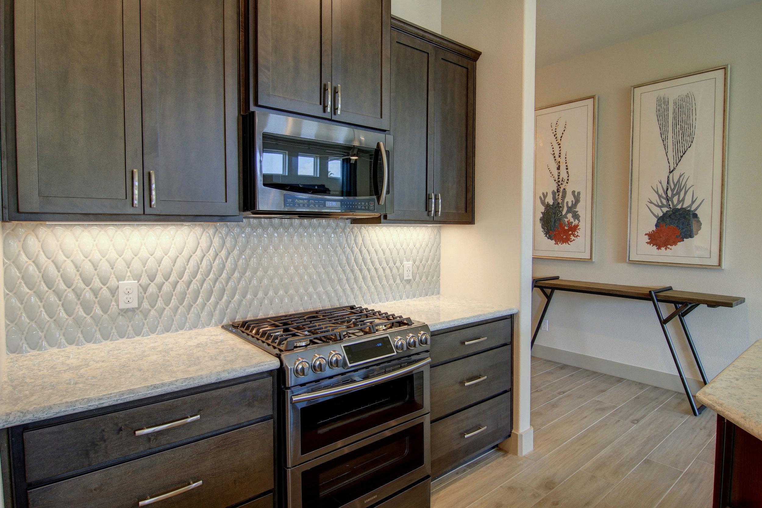Kitchen-(5).jpg
