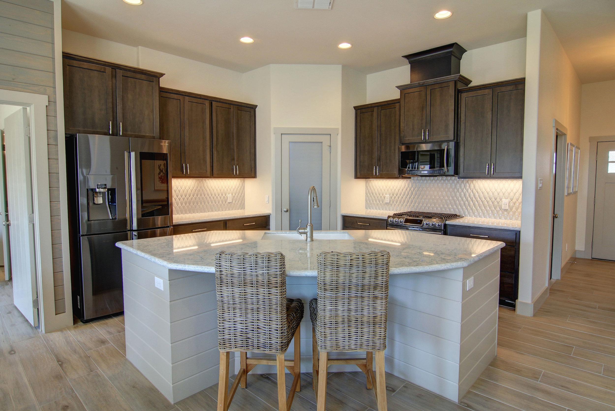 Kitchen-(6).jpg