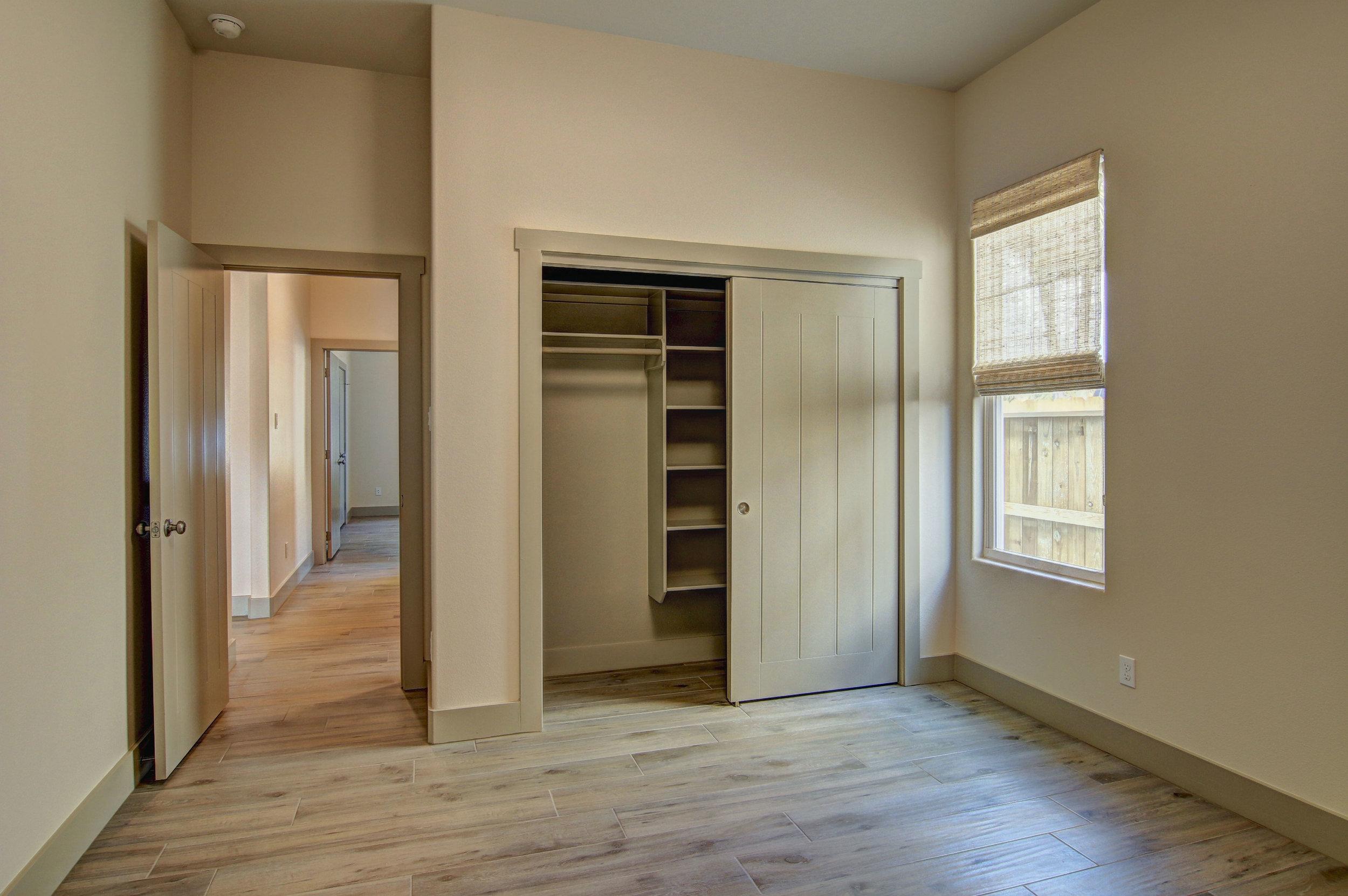 Second-Bedroom-(3).jpg
