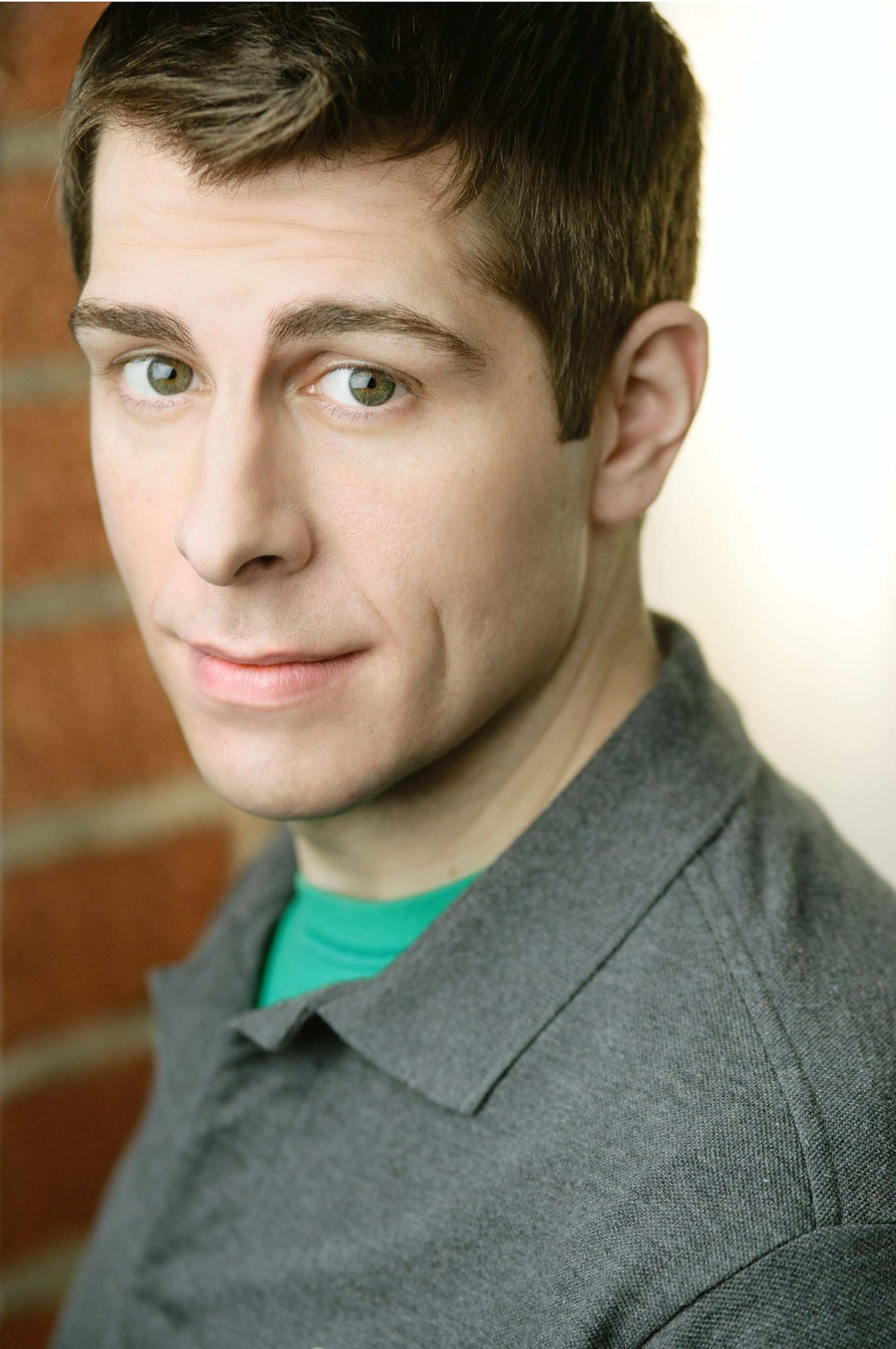 Ryan Reiss, MCS Alumus - Monologue writer and warm-up comic for Late Night with Seth Myers