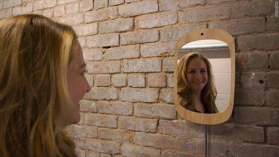 171023120841-smile-mirror-2-780x439.jpg