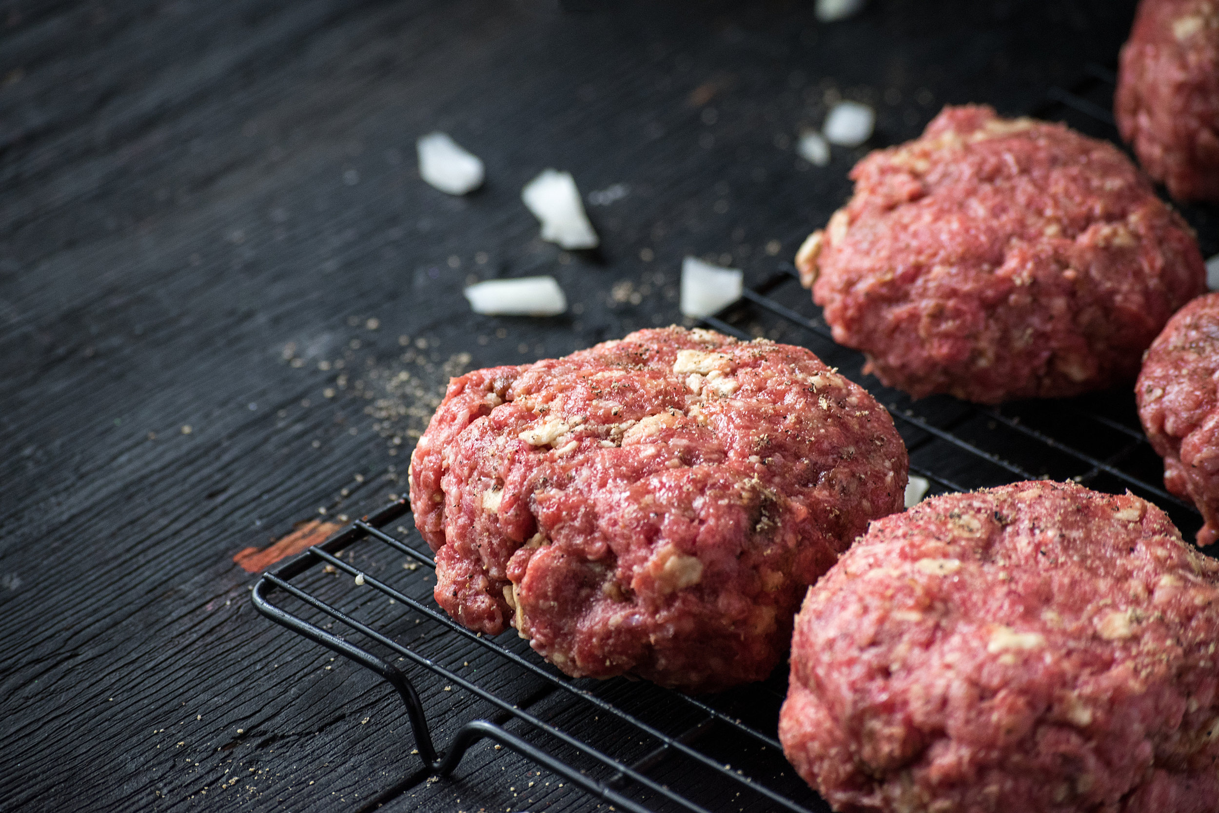 32_Quarter_GroundBeef_AdobeStock_189962933 copy.jpg