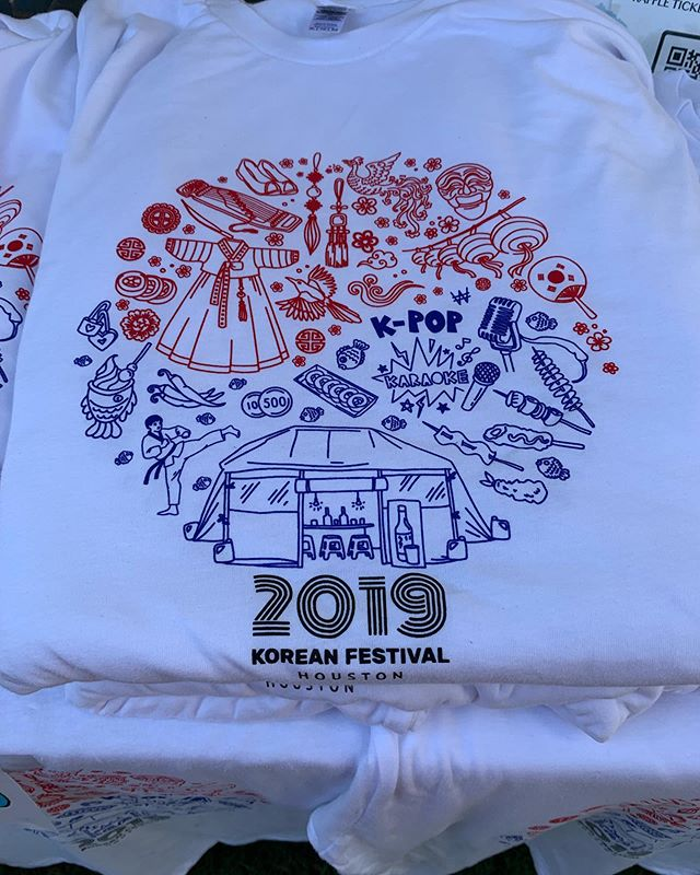 We've got a brand new design for this year's shirts!! Stop by the info booth for a big smile and a fresh KFest T-shirt! We have KFest Lightstick too!! ❤️
