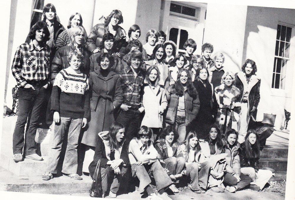 juniors+class+1977.jpg