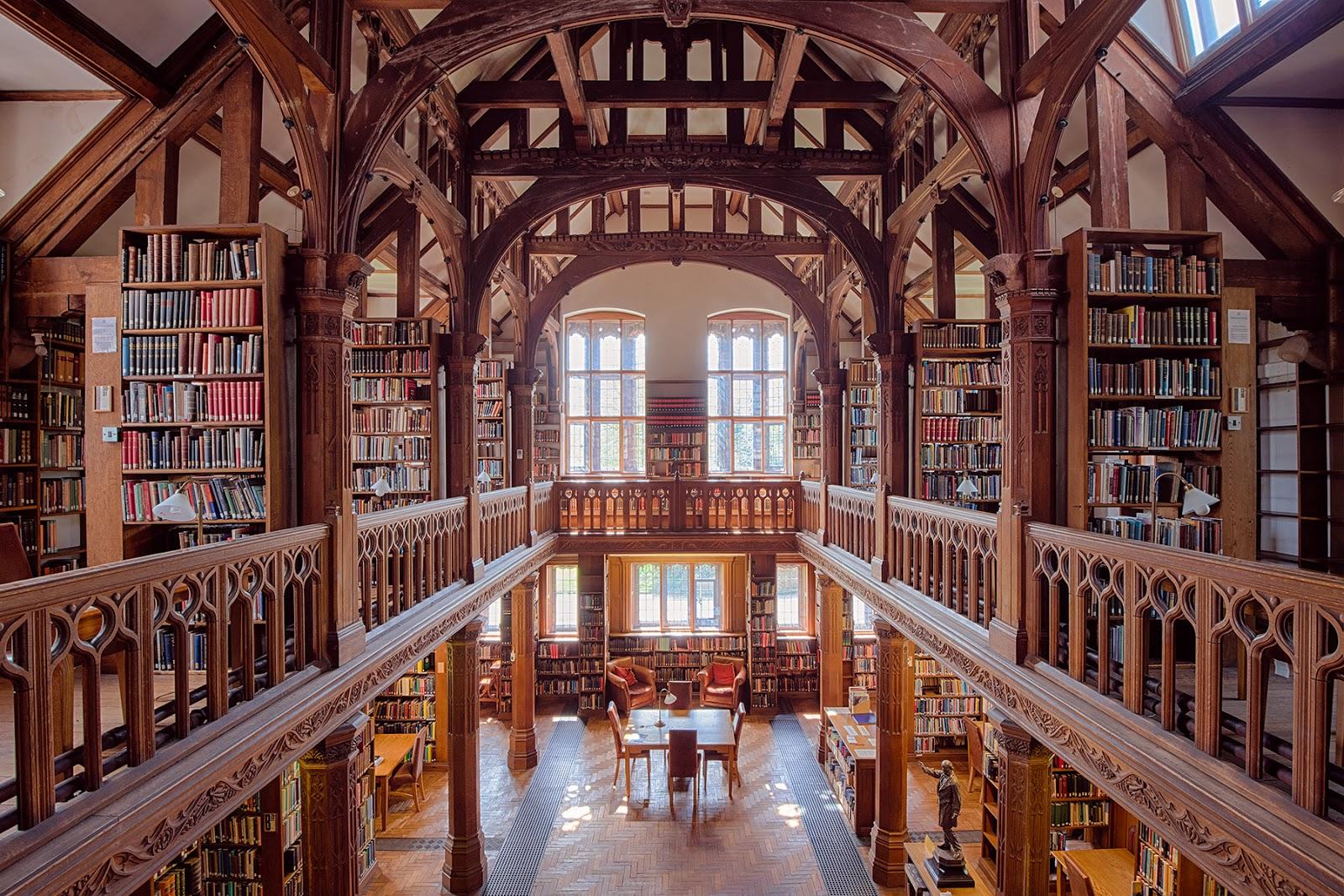 gladstone's library.jpg
