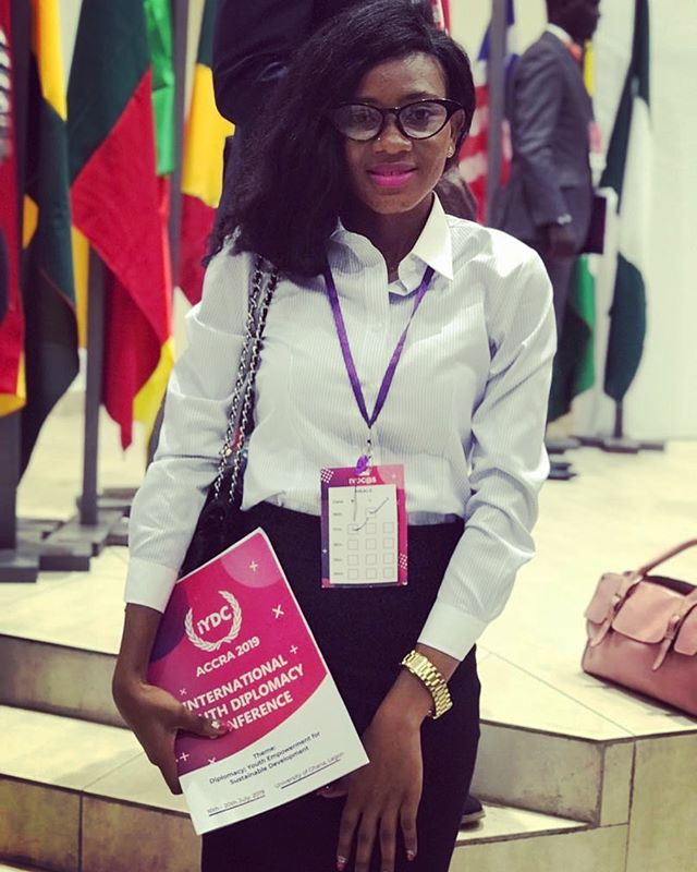 #WCW Meet Ishiatu! This Angels to Angels Sierra Leone alum recently attended the iYDC ( International Youth Diplomacy Conference) in Ghana 🇬🇭. Similar to Model UN this conference brings together youth leaders from over 54 countries to discuss global 🌍 issues, encourage entrepreneurship, and build upon leadership, presentation, and writing skills🖋🎤 . To say we are proud of Ishiatu is an understatement💓. Ishiatu credits this opportunity to the support provided by Angels to Angels Sierra Leone.  JOIN US🤝 in creating more success stories like this one  www.angelstoangelssl.com/donate.  #educateourgirls #girlseducation #empowerment #knowledgeispower #sierraleone #thefutureisfemale #girlseducationSierraLeone #educationsponsorship  #iYdc