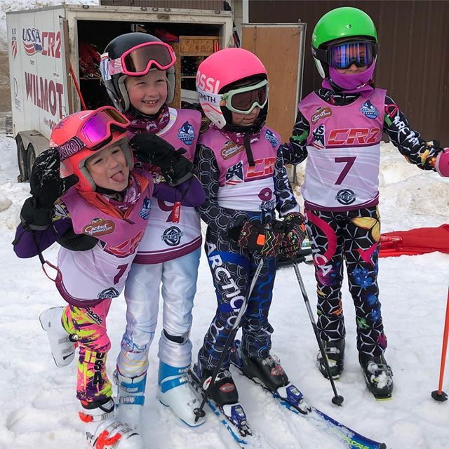 What an awesome weekend hosting the first dual panel slalom event in Central Region 2. All the athletes loved it and have requested to have more of these in the future.  Everyone was having a blast.  Thanks to parents, coaches and the mountain for the support in pulling this event off! @tyrolbasin #skiracing #usskiandsnowboard @usskiteam