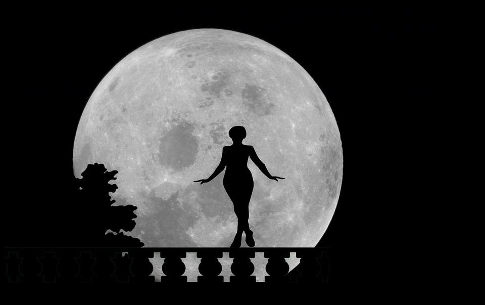 moon-981529_960_720.jpg