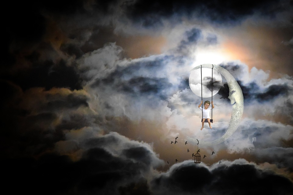 moon-1301073_960_720.jpg