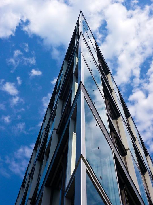 architecture-832682_960_720.jpg