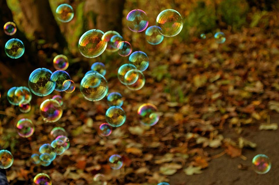 bubble-83758_960_720.jpg