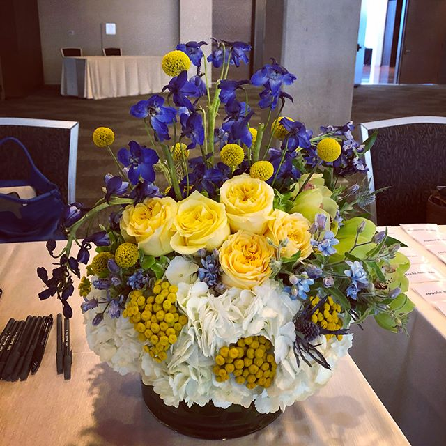 Women in business luncheon today for @nashvillelifestyles #nashvilleflorist #womensluncheon #nashvillelifestyles