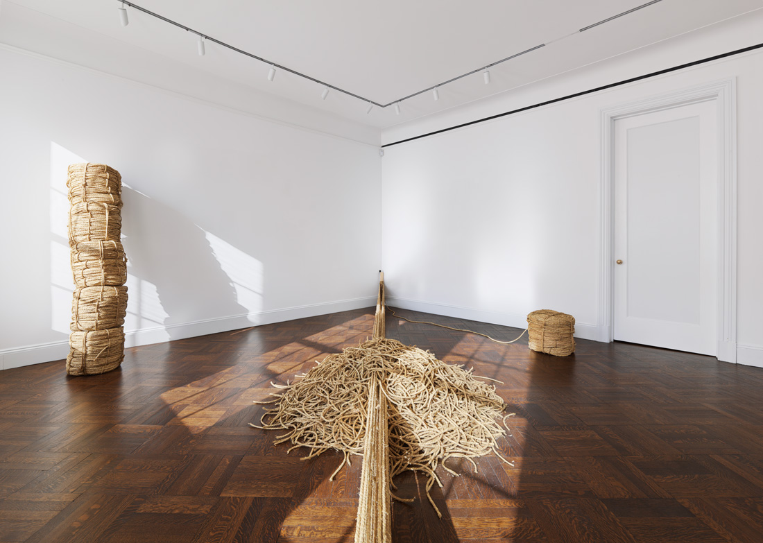 Fieldology , 1974/2015 Straw rope Dimensions variable Installation view, Blum & Poe, New York, 2015 Courtesy Blum & Poe, Los Angeles / New York / Tokyo