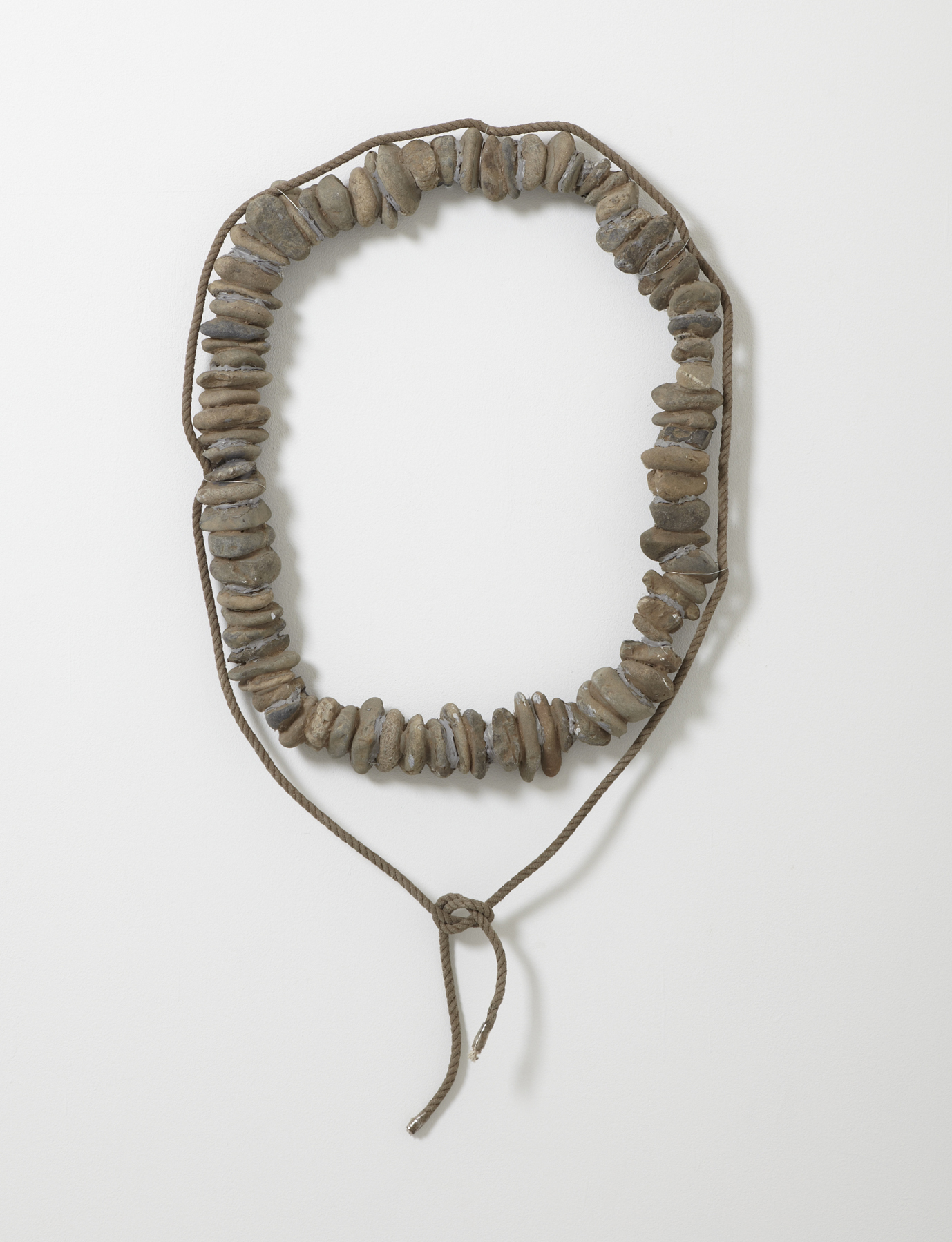 Appearing in Circle , 1969 在輪 ( Zairin ) Stone, rope 40 15/16 x 21 5/8 x 3 1/8 inches 104 x 55 x 8 centimeters