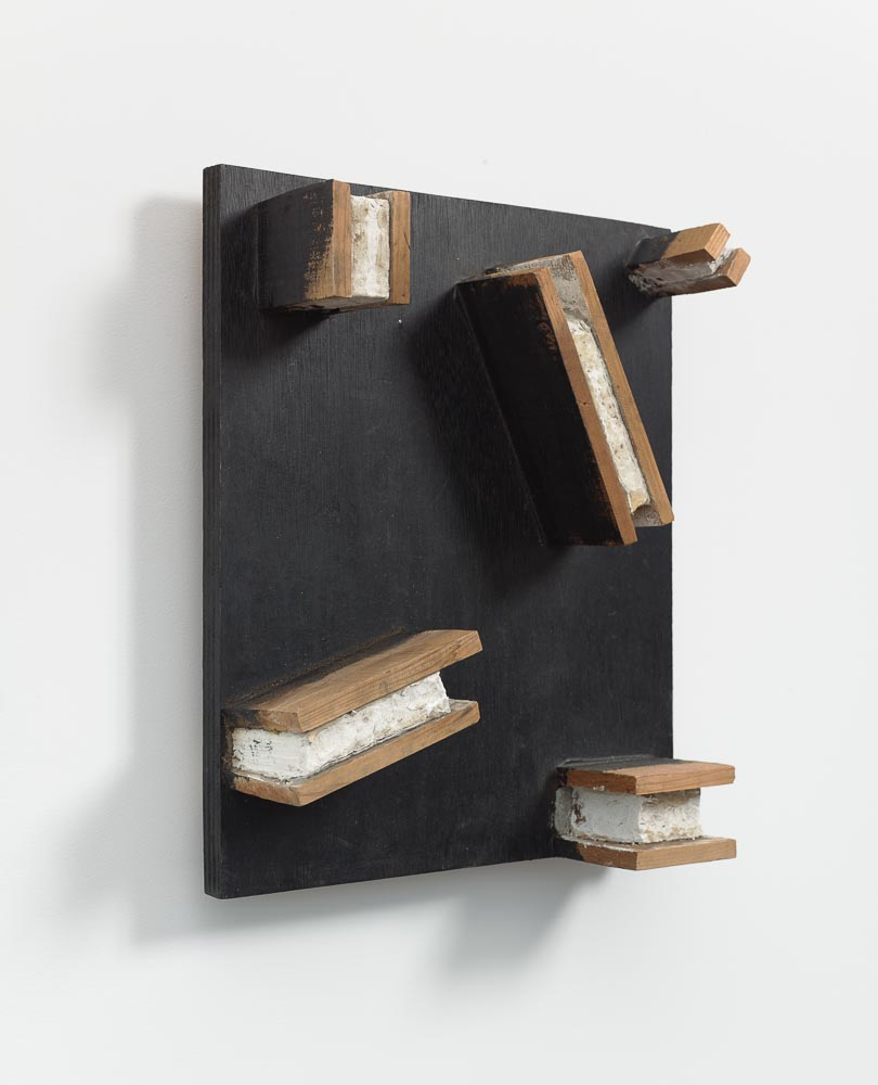 Spatial Conditions , 1978 間状 ( Kanjō ) Wood, clay, paint 18 1/2 x 15 11/16 x 5 5/8 inches 47 x 39.8 x 14.3 cm