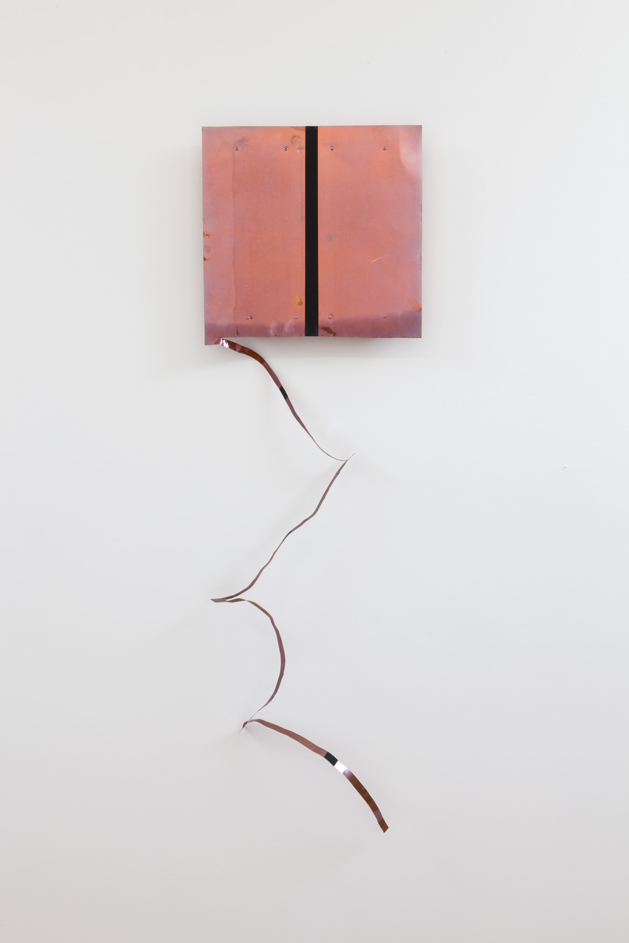 Resonating in Space , 1999 連空斜揺 ( Renkū Shayō ) Copper, acrylic 14 3/8 x 49 1/4 x 2 inches  36.5 x 125 x 5 cm