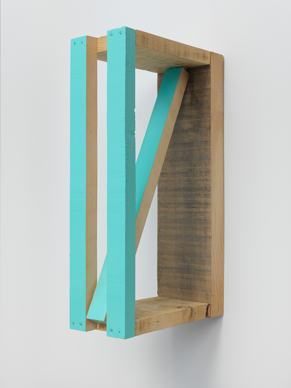 Distributed Space , 2001-2002 配空 ( haikū ) Wood, paint 15 5/8 x 4 1/8 x 8 3/4 inches 39.7 x 10.4 x 22.2 cm