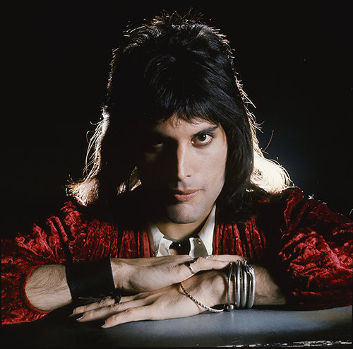 FreddieMercury_SideLight_London1974©MickRock.jpg