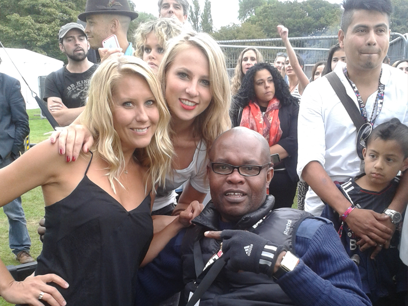 Ayo (Mapfest.Org) and The Fabulous Coconuts Girls @ the LIMF