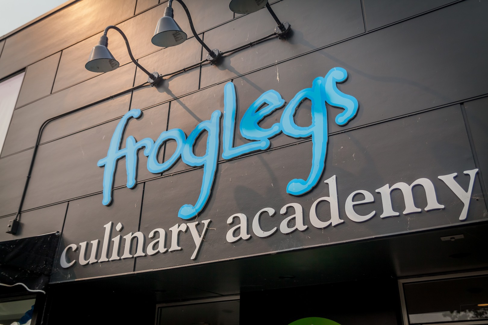 FrogLegs2.jpg