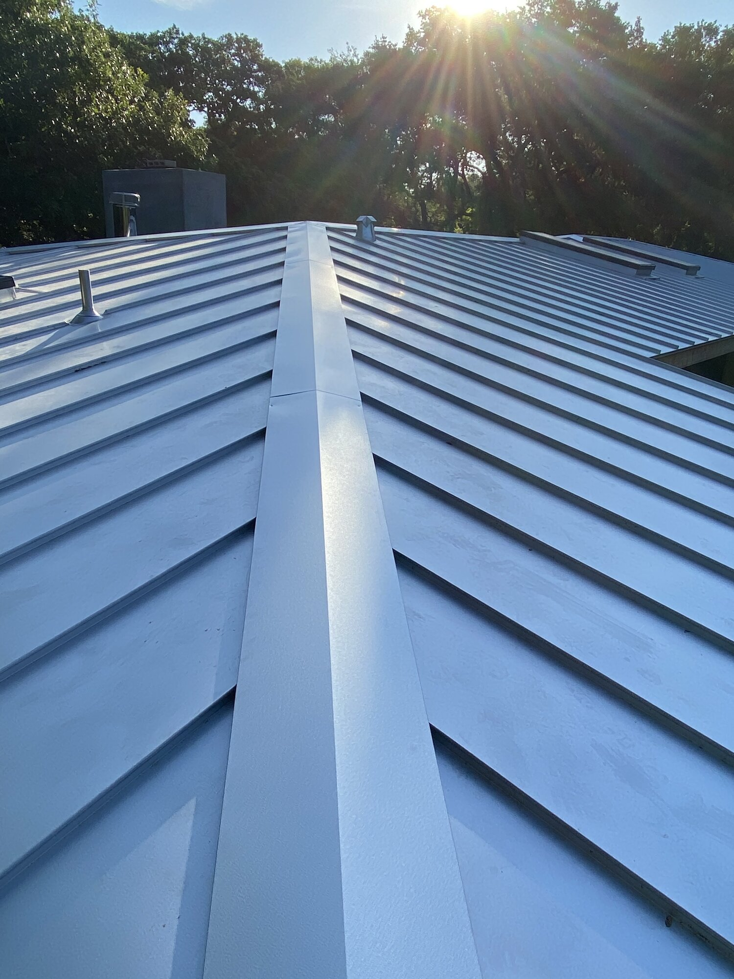 Workmanship Straight Solutions Austin S Metal Roofing Experts