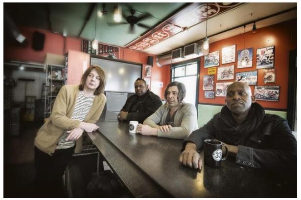 Commercial Apparel - Soul Asylum's Dave Pirner keeps ideas flowing