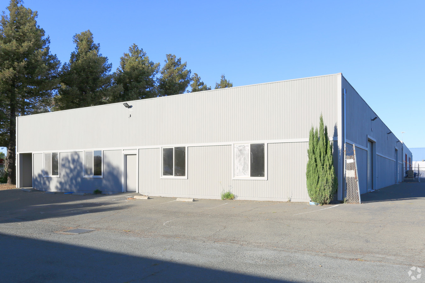 3880 & 3890 Industrial Way   Zoned Light Industrial  8,460 SF, Min. Divisible 3900 SF  Contact: Kennedy Wilson Real Estate, Eric Rehn 925.784.3449